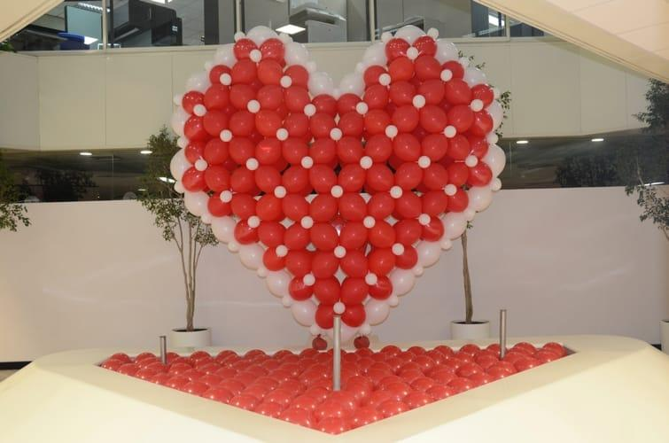 decoración con globos corazon 3M